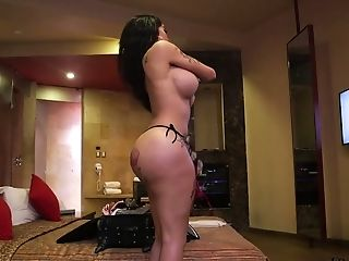 You Are Able To Love Awesome Supah Curvy Transsexual Superslut Katy Leon