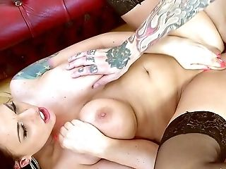 Tattooed Whore Fucked On The Couch And Jizzed On Tits