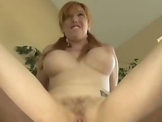 Buxom Inexperienced Gets Juices