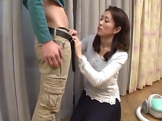 Dark-haired Cougar Honey Shizuka Akiyama Inhales A Hard Hard-on In A Miniskirt