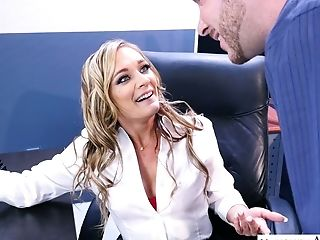 Sexy Biz Woman Tucker Stevens Is Testing Her Fresh Employee