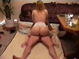 Horny Cougar With Nice Donk Providing Pleasure