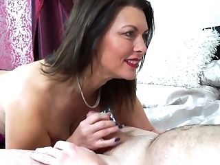 Unexperienced Fucking At Home With A Matures Wifey In Purple Stockings
