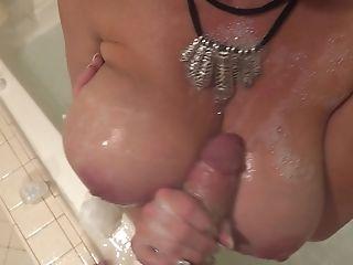 Bathroom Sexual Practice With Stunning Mummy Kelly Madison